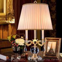 Camera da letto Lampada da tavolo in cristallo in cristallo Studio di stile europeo stile nordico stile di lusso sala di lusso sala decorativi lampade villa sfondo divano angolo luci