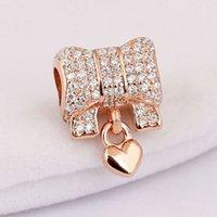 Original Rose Pave Heart Heart and Bow com Crystal Pingente Beads Fit 925 Esterlina Prata Bead Charme Pulseira DIY Jóias