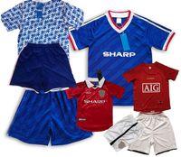 Retro Classic Manchester Soccer Jerseys Sets 1984 85 1990 91 92 98 99 2000 2007 08 Bambini TrackSuits Cantona Solskjaer Beckham Bambini Bambini Camicia da calcio Ragazzi con pantaloncini