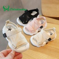 Claladoudou 12-16 cm Sandalias para niños Malla transpirable bebé niñas hueces sandalias puras cerradas Perching Party Soft Flats Walkers K27
