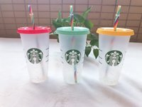 Starbucks 24 oz / 710ml Kupa Soğuk Renk Değiştirme Gökkuşağı Kupası Gökkuşağı Kupası Kullanımlık Yuvarlak Alt Kupası Ayağı Şekli Kapak Saman Kupa Bardian 100 adet DHL Nakliye