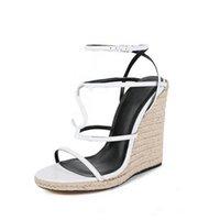 Chaussures de luxe Sandale de stylo de mode de luxe Chaussures de concepteur avec boîte d'origine Chaude Designer Taille faite à la main: 35-41 avec boîte Y2