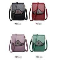 2021 new tide underarm women's bag fashion color soft leather middle-aged mother slant bag on one shoulder
