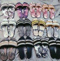 2021 Mode Dway Frauen Slipper Schuh Amaranth Gestickte Mädchen Baumwolle Strand Sandalen Sommer Womens Luxurys Sandale Flip Flops Flache Hausschuhe Outdoor Schuhe 35-40