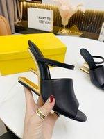 Top Designer Primeira Sandálias de Couro Alto Salto alto com larga cinta horizontal ouro metal diagonal vertical saltos tamanhos de lã 35-42