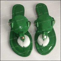 مصممون النساء الصنادل الفضي الشريحة الأحذية النسائية الأزياء مصمم الشرائح المسطحة زحافات منصة الصنادل النعال صندل مع مربع