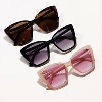 Retro Quadrat Sonnenbrille Marke Dessing Cat Eye Sonnenbrille Frauen Eyewear Chic Große Rahmen Großhandel