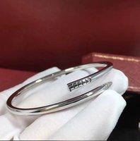 Altın ve Gümüş Titanyum Çelik Bileklik Bileklik Elmaslar Tırnak Erkek kadın Lover Mektubu C Lüks Tasarımcı Avrupa Amerikan Moda Takı Fade Fade