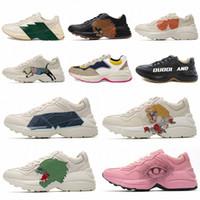 2021 Designers Rhyton Sneakers Beige Men Papá Zapatillas Entrenadores de zapatos Vintage CHAUSSUROS DE LUJO DE LUGLES Zapatillas de deporte de las zapatillas de deporte 35-46Z2mg #