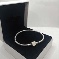 Классические женщины Charm Braclets 100% 925 стерлингового серебра стерлингового серебра Pandora Bears Подвески кроссовки браслет сердца формы пряжки логотип дизайн дам