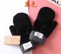 겨울 따뜻한 부드러운 모피 니트 장갑 여자 플립 반 손가락 운전 장갑 봉제 봉제 두꺼운 귀여운 작은 모자 화면 장갑