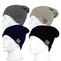 Trådlös Bluetooth V4.2 Beanie Stickad Plus Velvet Vinter Varm Running Hat Headset Mic Headphone Musik Huvudband Sport Smart Cap