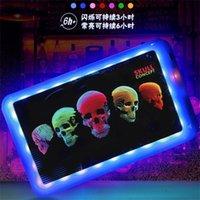Logo personalizzato LED Glow Vassoio in plastica Vassoio per laminazione di plastica per il vassoio di stoccaggio del tabacco Piastra di servizio per il fumo ricaricabile AHD785 528 R2