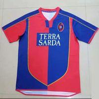 Cagliari Calcio Soccer Jerseys 03 04 الرجعية Suazo Zola Conti Gobbi Godin Joao Pedro Nainggolan Marin Simeone Sottil Pavoletti Maglie Da Football Commet
