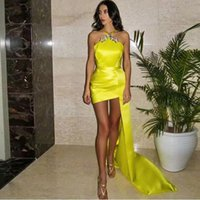 Yellow Sheath Short Prom Dresses Halter with Crystal Ruched Cocktail Party Gown Satin Mini Club Wears Overskirt
