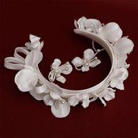 Headpieces Elegant Pearl Embellished Headband Fresh Simple All-Match Korean Bridal Headdress Hair Band Wedding Accessories