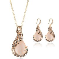 Europe and the United States wind peacock necklace suit cat's eye sweater necklace earrings jewelry set wholesale free shipping 196 T2