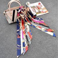 Sciarpe Donne Sciarpa Seta Geometrica Bandana Geometrica Bandana Capelli Kerchief Designer di Prestigio Donne Square Solid Solid