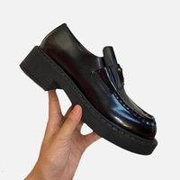 Woman small leather shoe high quality cowhide shoes fashion classic letter casual chunky heel shoesshoes for parties dress sandals size34-40