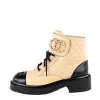 Сверхмощные бежевые ботинки коренастые платформы кожаные шнуровки обувь боевые загрузки загрузки пряжки низкий каблук Martin Beaties Booties роскоши дизайнеры брендов обувь обувь обувь