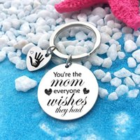 Keychains Round Letter Keychain Man Hand Key Chain For Women Pendant Cute Stainless Steel You're The Mom Everyone Silver Color Llaveros