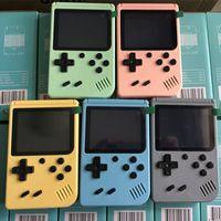 500 in1 휴대용 마카롱 핸드 헬드 게임 콘솔 플레이어 레트로 비디오는 8 비트 3.0 인치 다채로운 LCD 크래들을 저장할 수 있습니다