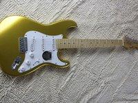 Electric guitar gold powder flash powder body maple fingerboard
