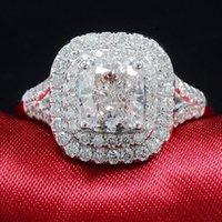 Ringe Solid 18k Weißgold Engagement Brauts Sockel 2CTW Kissen Cut Halo Moissanite Ring Set für Frauen