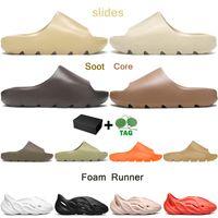 slides men women slippers Desert Sand Core Soot Bone Earth Brown Foam Runner triple white black outdoor sandals with box