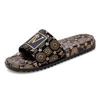 Dimensioni 39-45 Pantofole da uomo Pantofole da uomo di alta qualità Estate Modo Sole morbide Solette Casual Sandali da spiaggia