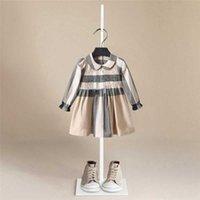Kinder Designer Kleider für Mädchen Langarm Baby Mädchen Plaid Kleid Bebe Kind Prinzessin Kleinkind Mädchen Party Kleidung Weihnachtskleid Q0716