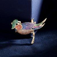 Multicolor Cubic Zirconia Bird Bird Bruches Pins Корея Мода Заявление о животных Буттонере Аксессуары Роскошные свадьбы Корсаж