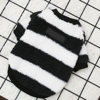 Designer Winter Dog Clothes S Vest Small Sweater Luxurys Designers Pet Supply Clothing For Puppy Knitting Jumpsuits Sweatshirts D2110187Z