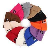 Bonnets 2021 s Chapeau tricoté Femme Foulard Casquettes Colombreux Chapeaux d'hiver pour hommes Femmes Crullies Capuchon en molleton chaud