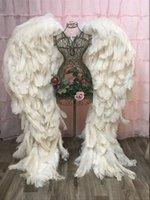 Adtustes de haute qualité d'autruche plume beau belles ailes d'ange soft étonnantes photographies accessoires d'anniversaire mariage décorations de fête