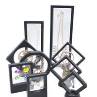 Caja de soporte de pantalla flotante de alta calidad al por mayor de alta calidad 2021 con soportes para reto de monedas, medallones, joyería