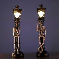 2pcs Halloween Skull Skeleton Portacandele LED Luce Vintage Villaggi Miniatura Ghost Street Lamp Home Decorazione del partito fai da te H0827