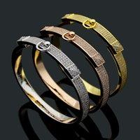 Europa américa estilo moda senhora mulheres titânio aço gravado h iniciantes diamante completo dois rebitantes pulseiras 3 cores