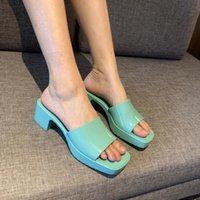 """2021 Kadın Sandalet Yüksek Topuklu Kauçuk Slayt Sandalet Platformu Terlik Tıknaz 2.4 """"Topuk Yükseklik Ayakkabı Yaz Kabartmalı Pembe Yeşil Çevirme Kutusu 267"""