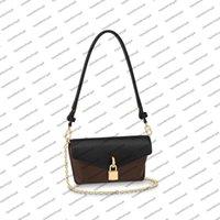 M80559 Cadeado no desenhador de cinta saco de mulheres Bloqueio bolsa bolsa de bolsa de bolsa natural de couro natural de couro mini embreagem crossbody