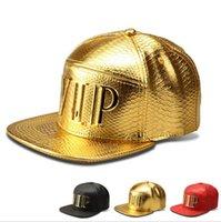 2021 새로운 패션 힙합 남자 \ 여자 VIP 고품질 PU 가죽 야구 모자 캐주얼 뼈 스냅 백 모자 블랙 \ 골드 \ 빨간색 상자 패키지