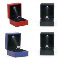 أدى أضاءة خاتم مربع القرط الدائري الزفاف هدية حزمة مجوهرات عرض أضواء التعبئة والتغليف مجوهرات المبدع حالة حامل 164 R2