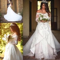 Elegant Long Sleeves Off the shoulder Wedding Dresses Bridal Gowns for Women Plus size Lace and Applique Sweetheart African Country Designer Court Train