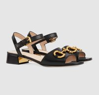 Top Luxus Damen Sandalen mit Horsebit Haus Pumps Chunky Heels Berühmte Design Dame High Heels Komfort Täglich Walking Schwarz, Rot, Nackt