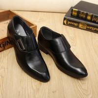 Classics Mature Mature Mens Formel Robe Chaussures PU Oxfords Chaussures pointues Toe Slip sur la faible entreprise de mariage V0HP #