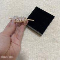 Mode Klassische Legierung Pearl Strass Brosche Blatt Metall Bruststift Für Damen Favorit Zierliche Gegenstände Kleidung Broschen Zubehör VIP Geschenke