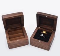 مجوهرات مربع الإبداعية خشبية حلقة القرط مربع قلادة مجوهرات تخزين مربع أسود الجوز القرط حالة الصلبة الخشب صناديق WWA191