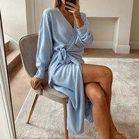 Simple casual com decote em v de malha feminina 4 cores estilo caseiro moda outono inverno novo vestido de tubo reto 210304