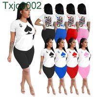 Женщины Cousssuit дизайнер покер q Письмо цифровая печать напечатана 2 шт. Короткие шорты с короткими рукавами набор повседневных спортивных состязаний сплошной цвет женской одежды 2021