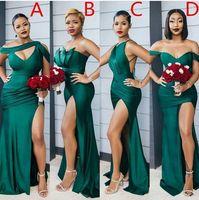 2021 MODEST Emerald Yeşil Yan Bölünmüş Uzun Gelinlik Modelleri Seksi Düğün Parti Abiye Fark Boyun Çizgisi Ucuz Nedime Elbisesi Custom Made